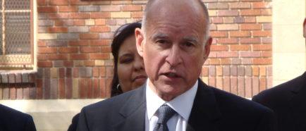 JerryBrown gobernador CA