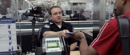 aeropuerto inmigracion