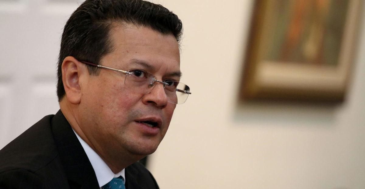 canciller de El Salvador, Hugo Martínez