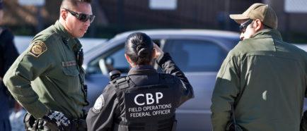 oficiales de la patrulla fronteriza