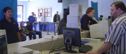 DMV HISPANOS LICENCIAS