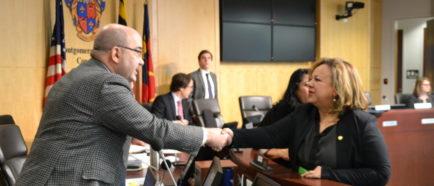Concejal Leventhal y embajadora El Salvador