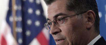 Fiscal de California Luis Becerra