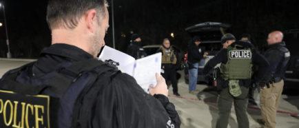 ice detenciones deportaciones arrestos oficiales
