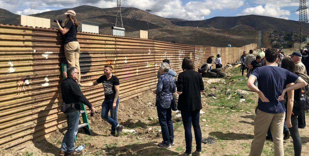 muro frontera turistas