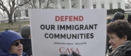 Inmigrantes TPS protesta capitolio