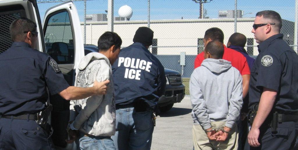ICE detenciones arrestos inmigrantes