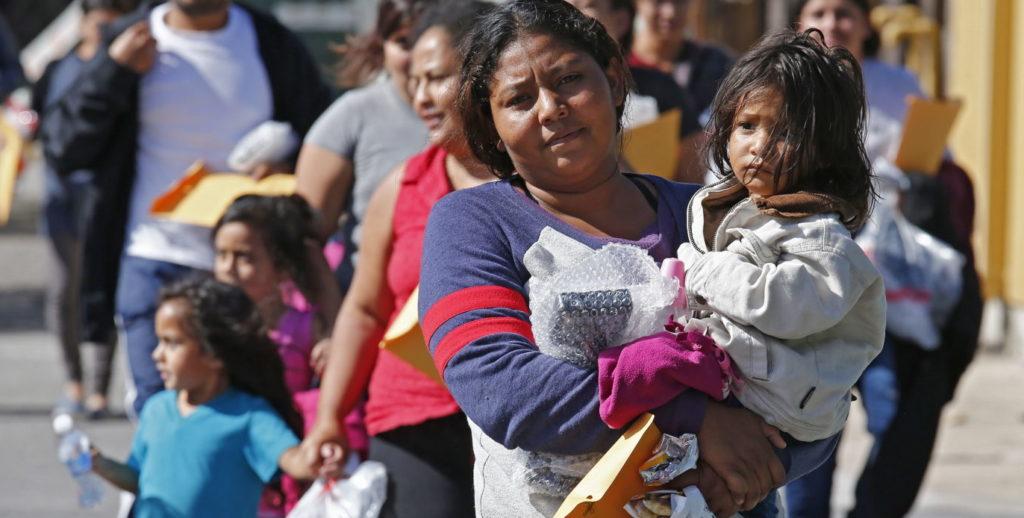 Inmigración frontera inmigrantes EEUU protesta menores familias