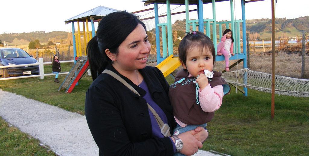 madre e hija menores ninña