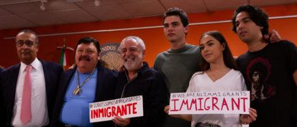 Músicos hispanos lanzan una campaña a favor de los inmigrantes en EEUU