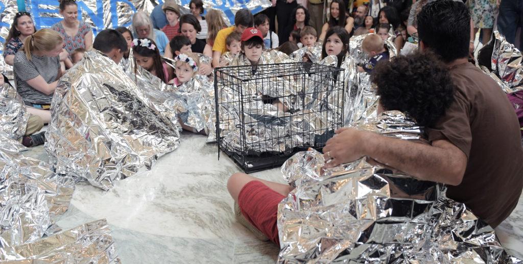 Familias inmigrantes en centros de detención