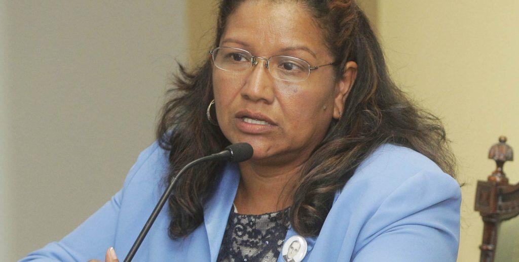 Viceministra salvadoreña Liduvina Magarín