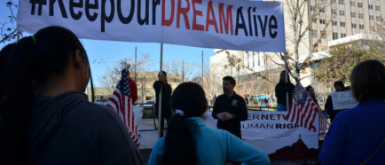 """Protesta en Texas por desprotección legal de los """"soñadores"""""""