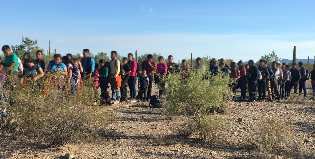 CBP detiene a 163 indocumentados en la frontera de Arizona con México