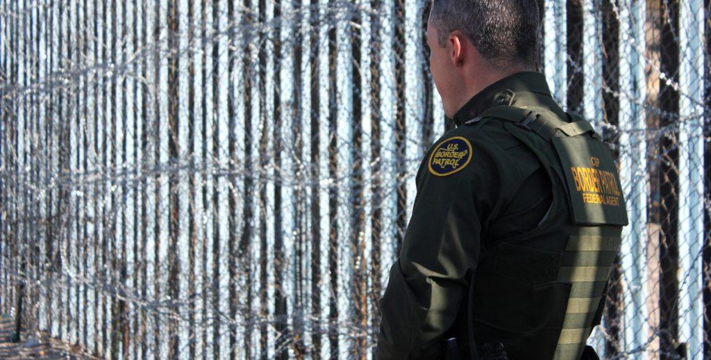 Piden mantener militares en la frontera con México