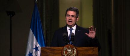 Pence: EEUU enfrenta una crisis migratoria y la mayoría son centroamericanos