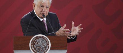 "López Obrador considera ""asunto interno"" amenaza de Trump de cerrar frontera"