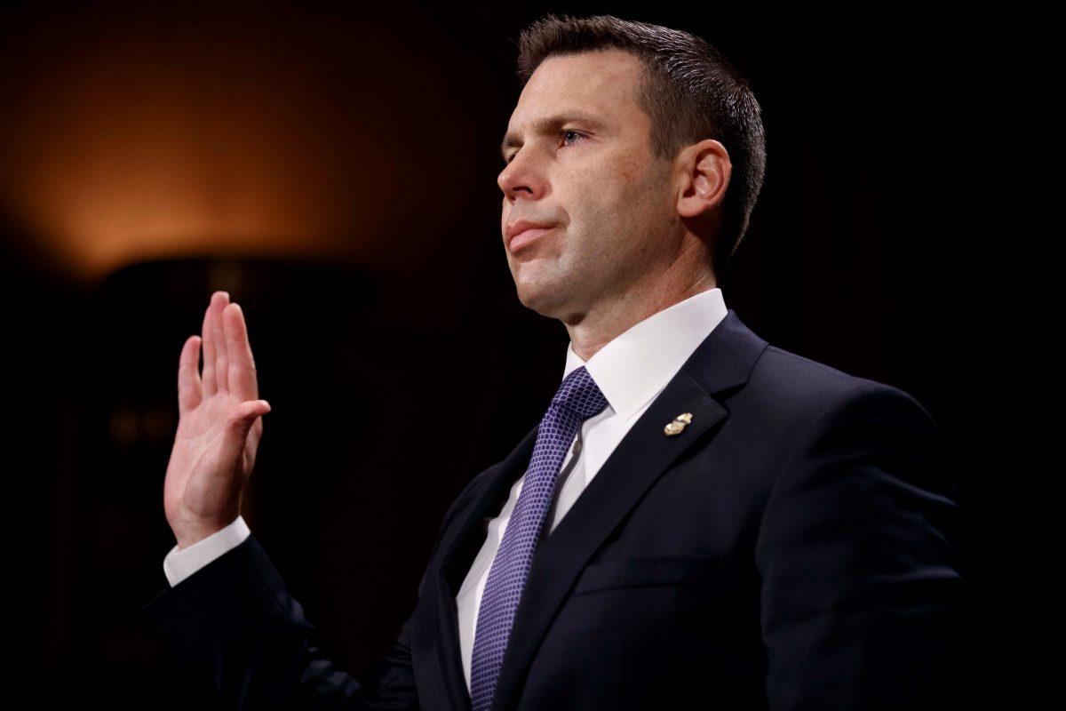 DHS dice que traslada indocumentados por necesidad operativa y de capacidad