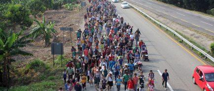 Gobierno mexicano frustra intento de migrantes cubanos de llegar a la capital