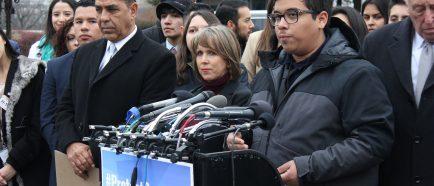 """Legisladores y """"soÒadores"""" piden soluciÛn permanente tras bloqueo judicial"""